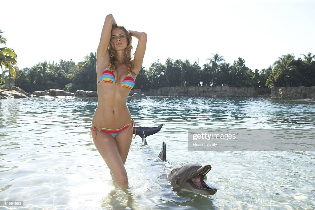 Julie Henderson, Sports Illustrated, Swimsuit Issue 2008 : News Photo