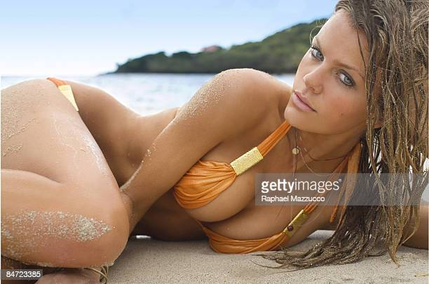 Model Brooklyn Decker poses for the 2009 Sports Illustrated Swimsuit issue on November 14 2008 on the beach at Raffles Resort in Canouan Saint...