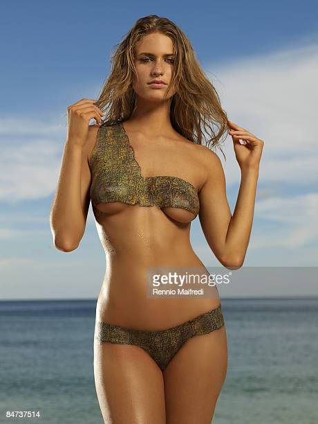 Swimsuit Issue 2009 Model Julie Henderson poses for the 2009 Sports Illustrated Swimsuit Issue on October 7 2008 in Saint George's Grenada PUBLISHED...