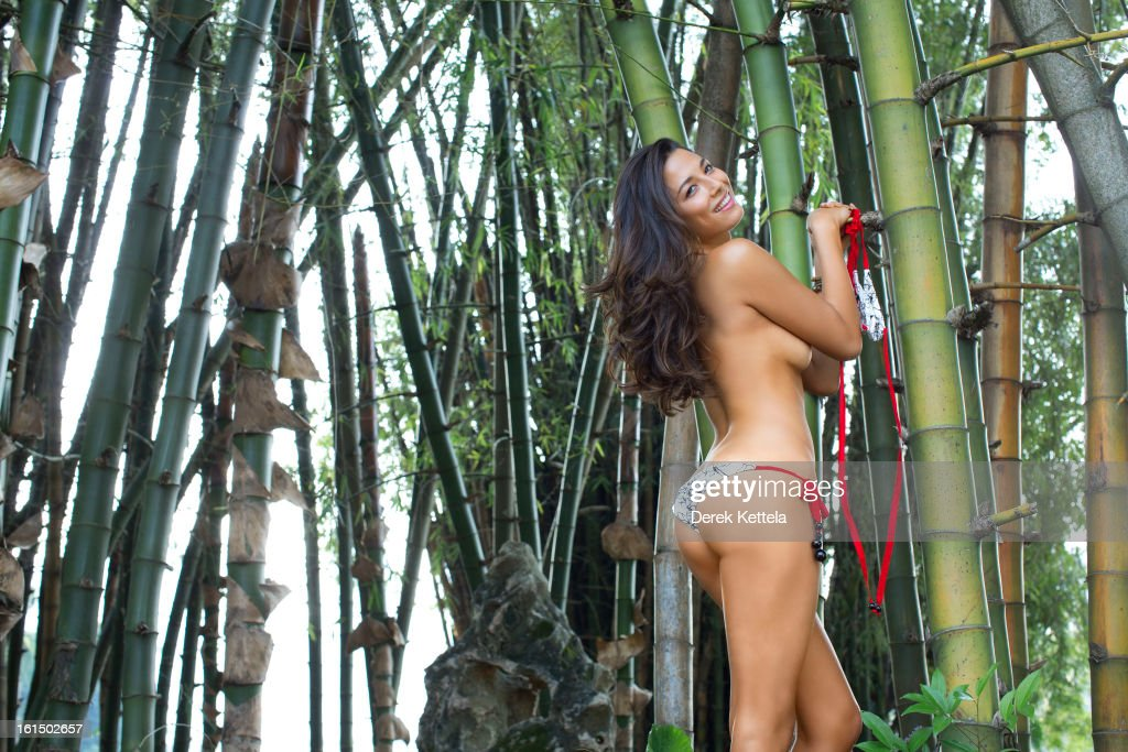 Jessica Gomes, Sports Illustrated, Swimsuit 2013