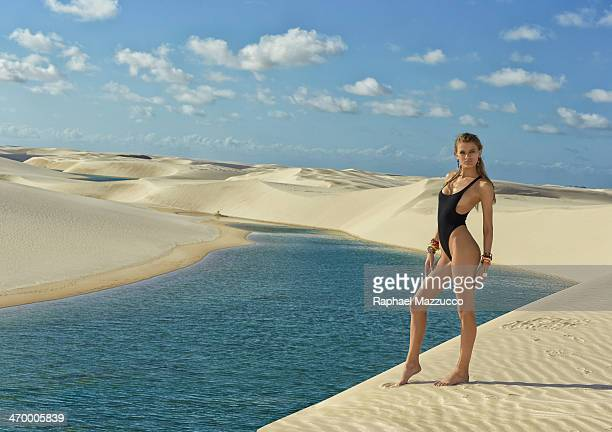 Swimsuit Issue 2014 Model Bregje Heinen poses for the 2014 Sports Illustrated Swimsuit issue on June 03 2013 in Brazil PUBLISHED IMAGE CREDIT MUST...