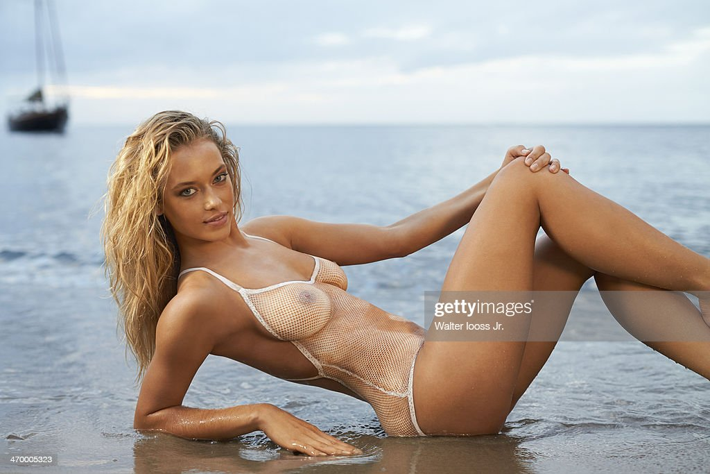 Hannah Ferguson, Sports Illustrated, Swimsuit 2014 : News Photo