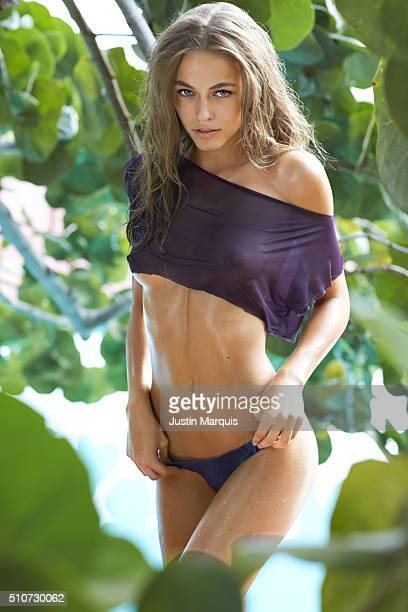 Model Caroline Kelley poses for the 2016 Sports Illustrated Swimsuit issue on October 15 2015 in the Dominican Republic PUBLISHED IMAGE CREDIT MUST...