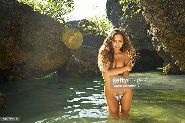 Model Chrissy Teigen poses for the 2016 Sports Illustrated Swimsuit issue on July 17 2015 in Zanzibar Body painting by Joanne Gair PUBLISHED IMAGE...