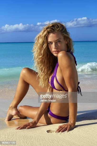 Model Hannah Ferguson poses for the 2016 Sports Illustrated swimsuit issue on December 6 2015 in Turks and Caicos CREDIT MUST READ James...