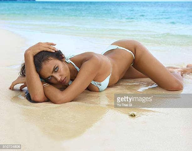 Model Irina Shayk poses for the 2016 Sports Illustrated Swimsuit issue on August 22 2015 in Tahiti PUBLISHED IMAGE CREDIT MUST READ Yu Tsai/Sports...