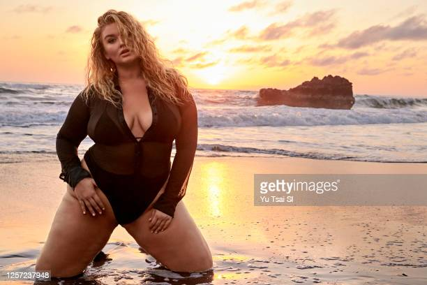 Swimsuit Issue 2020 Model Hunter McGrady poses for the 2020 Sports Illustrated swimsuit issue on November 6 2019 in Denpasar Bali Indonesia PUBLISHED...