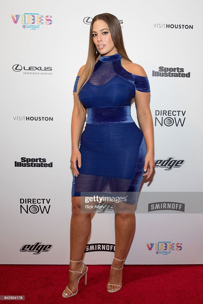 VIBES By Sports Illustrated Swimsuit 2017 Launch Festival - Day 1 : News Photo