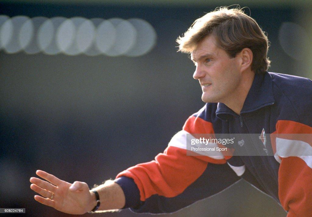 Glenn Hoddle - Swindon Town Manager : News Photo