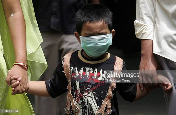 Swine Flu in Mumbai A child accompained by his parents was bought to Kasturba for getting tested