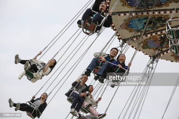 Swing ride at the AIA The Great European Carnival in Central 15DEC16 SCMP / May Tse [2016 FEATURES]