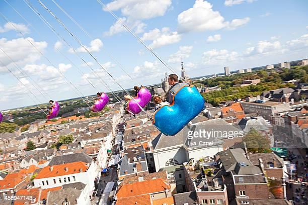 swing ride # 2 xxxl - 's hertogenbosch stockfoto's en -beelden