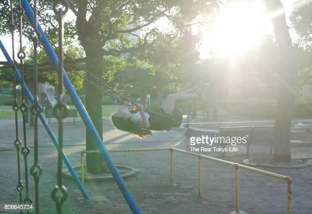 swing_girl_ B