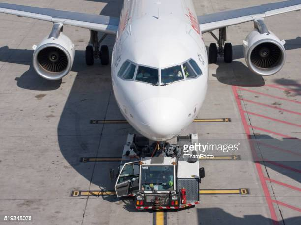 swiss airbus a320 in parking position - a320 stock pictures, royalty-free photos & images