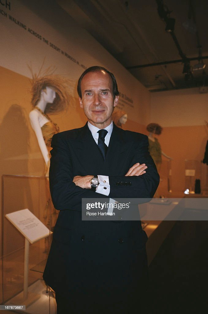 Swiss art auctioneer and collector Simon de Pury at the Manolo Blahnik Party being held at the Phillips de Pury & Company Auction House, circa 2000.