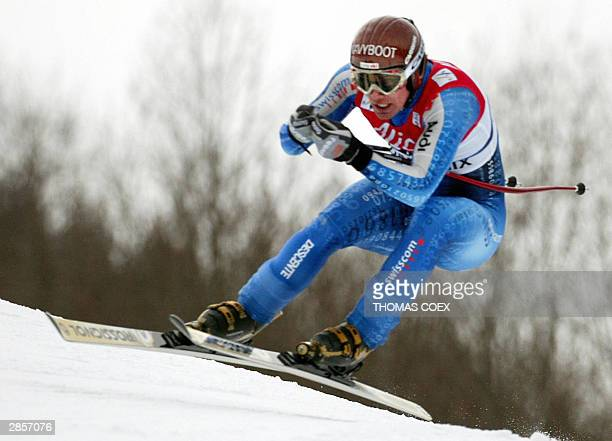 Swiss Bruno Kernen competes during the World Cup men's downhill race of Chamonix 10 January 2004 Kernen took the 9th place AFP PHOTO THOMAS COEX
