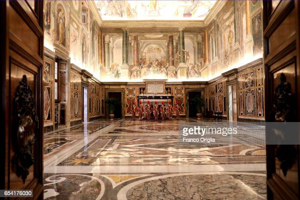 Swiss guard arrives at the Clementina Hall of the Apostolic Palace for the visit of State of Lebanese President on March 16 2017 in Vatican City...