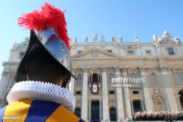 Swiss guard attends the Pope Francis' Christmas Urbi Et Orbi blessing at St Peter's Square on December 25 2017 in Vatican City Vatican