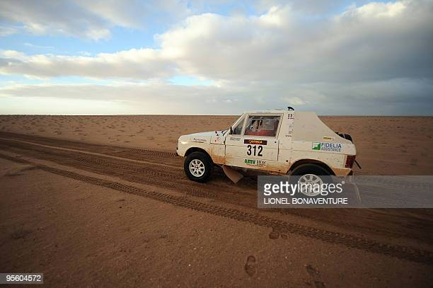 Swiss Miroslav Kubicek drives his Range Rover during the sixth stage of the second edition of the Africa Eco Race on Juanuary 5 2010 before the race...