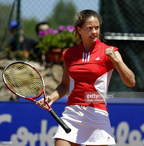 Swiss Patty Schnyder celebrates his victory over Spanish Marta Marrero during the first match of the Federation cup in La Manga Murcia 24 April 2004...