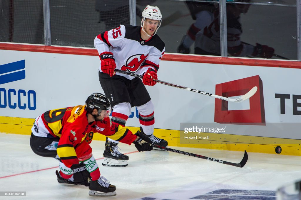 newest collection 76fd4 23249 Swiss player Mirco Mueller of New Jersey Devils vies with ...