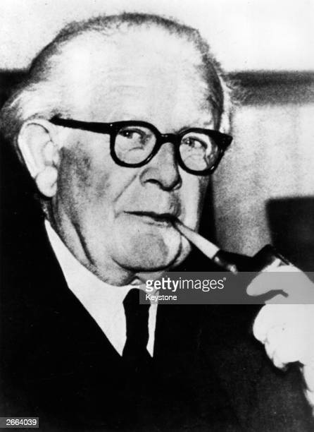 Swiss psychologist and pioneer in the study of child intelligence Jean Piaget