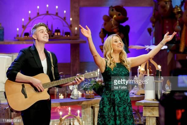 Swiss singer Vincent Gross and German singer and presenter Stefanie Hertel perform at Die groe Show der Weihnachtslieder at on November 22 2019 in...