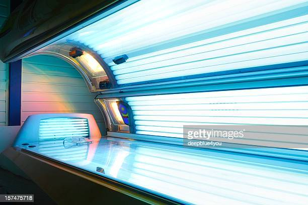 switched on open tanning bed with face tanner
