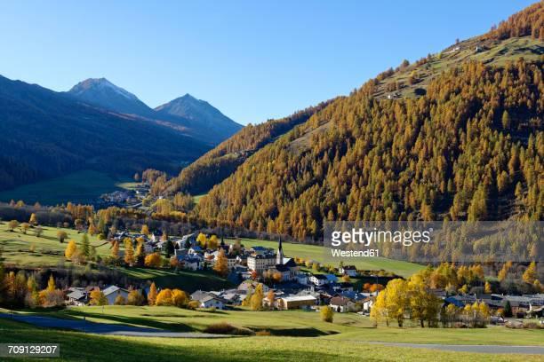 switzerland, graubuenden, val muestair, village st. maria - 山村 ストックフォトと画像