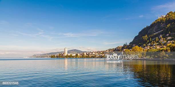 switzerland, lake geneva, montreux, cityscape - モントルー ストックフォトと画像