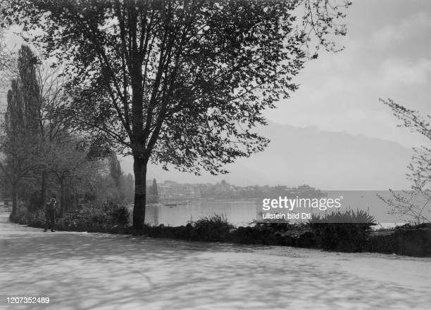 Switzerland, Montreux: Lake Geneva - Vintage property of ullstein bild Published in: Die Dame