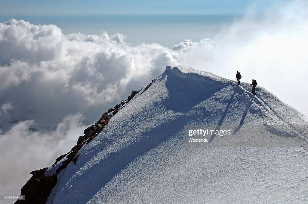 Switzerland, Pennine Alps, Saas-Grund, Weissmies, mountaineers : Stock-Foto