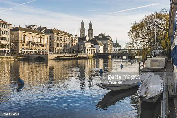 Switzerland, Zurich, view to the city with Limmat in the foreground