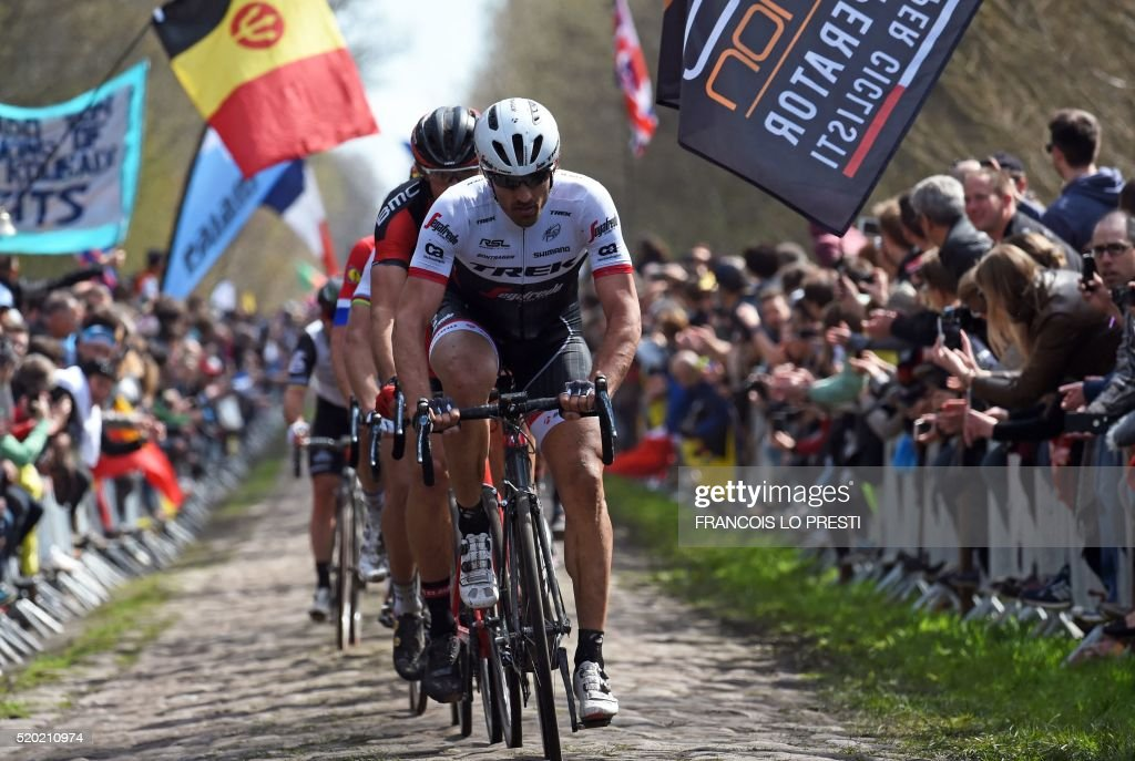CYCLING-FRA-PARIS-ROUBAIX : News Photo