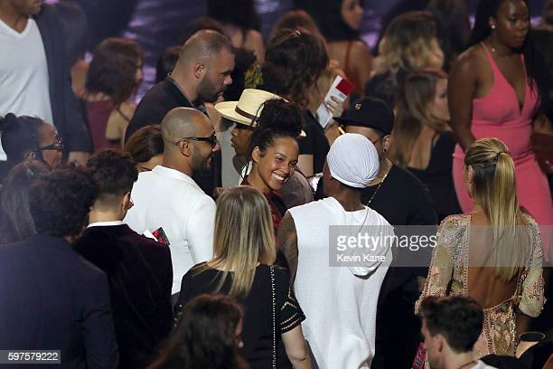 Swizz Beatz Alicia Keys Nick Cannon and Heidi Klum pictured in the audience at the 2016 MTV Video Music Awards at Madison Square Garden on August 28...