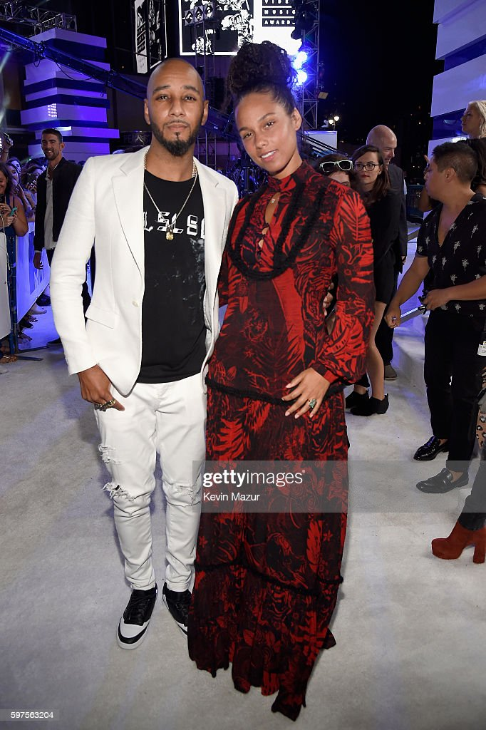 Swizz Beatz and Alicia Keyes attends the 2016 MTV Video Music Awards at Madison Square Garden on August 28, 2016 in New York City.