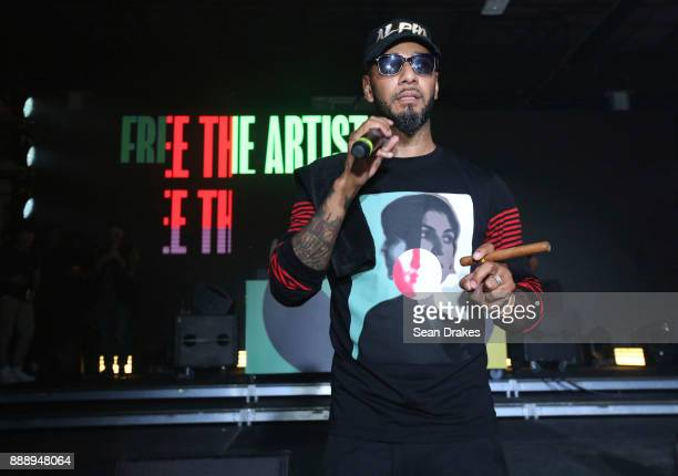 Swizz Beatz musician and founder of The Dean Collection speaks to the audience at No Commission Art and Music Experience hosted by The Dean...