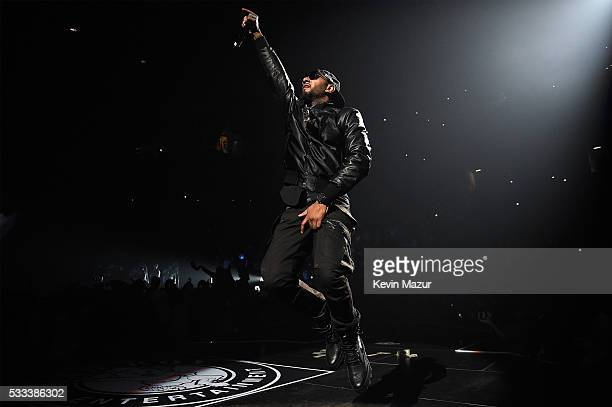 Swizz Beatz performs onstage during the Puff Daddy and The Family Bad Boy Reunion Tour presented by Ciroc Vodka and Live Nation at Barclays Center on...