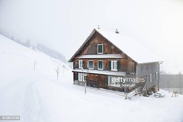 swizz Charlet/ cabin