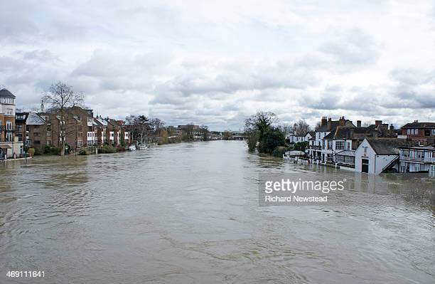 CONTENT] Swollen River Thames during the flooding StainesUponThames 11th February 2014