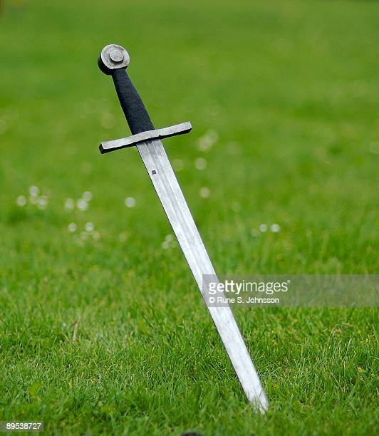 sword - sword stock pictures, royalty-free photos & images