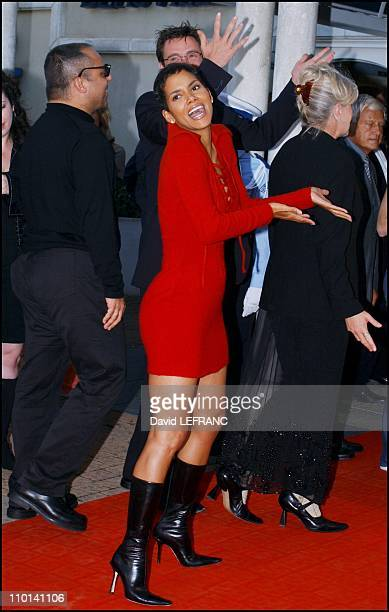 Swordfish movie premiere at the American film festival Halle Berry in Deauville France on September 01 2001