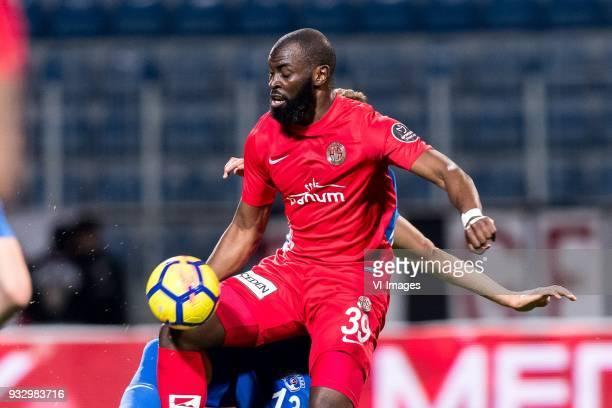 Syam Habib Ben Youssef of Kasimpasa AS Souleymane Doukara of Antalyaspor AS during the Turkish Spor Toto Super Lig match between Kasimpasa AS and...