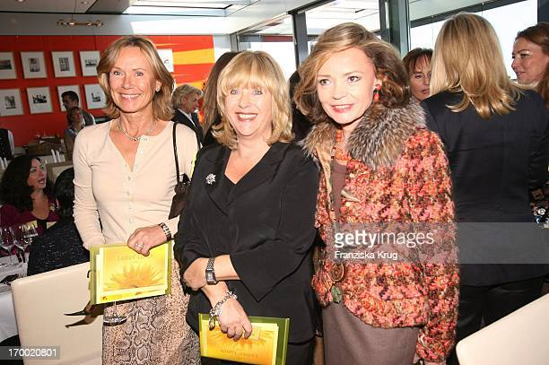 Sybille Beckenbauer Patricia Riekel And Ann Katrin Bauknecht At The DKMS Life Charity Lunch in Berlin 191005
