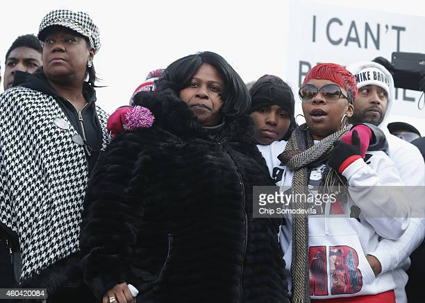 Sybrina Fulton the mother of Trayvon Martin Samaira Rice the mother of Tamir Rice and Lesley McSpadden the mother of Michael Brown Jr join the...