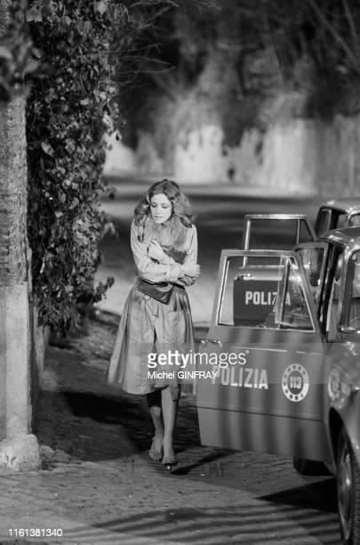 Sydne Rome lors du tournage du flim 'La Baby Sitter' réalisé par René Clément à Rome le 4 février 1975 Italie