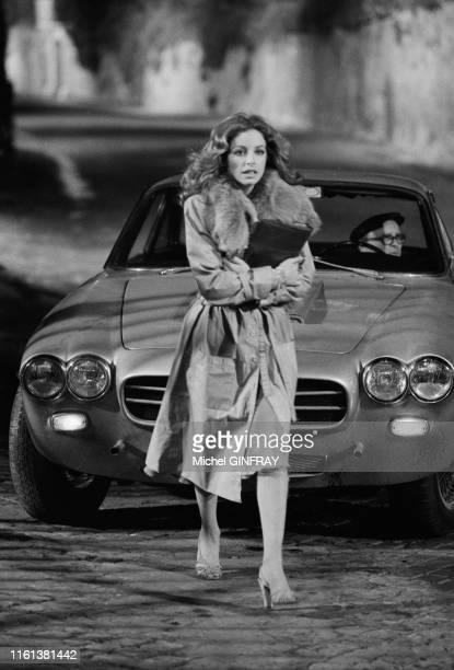 Sydne Rome lors du tournage du flim 'La Baby Sitter' réalisé par René Clément à Rome le 4 février 1975, Italie.