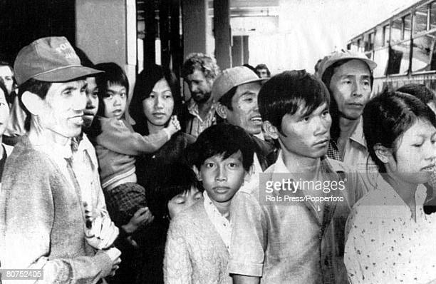 Sydney Australia 2nd December 1977 Some of the 151 Vietnamese refugees at Sydney airport part of a total of 181 people including three Vietnamese...