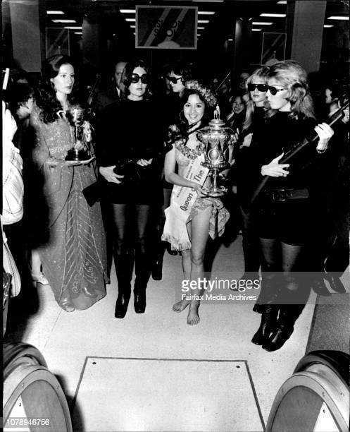 Sydney Cup escorted into Waltons Store Queen of the Pacific and other quest winnersPrincess of New Zealand Janine Patricia Maroulis on left and...