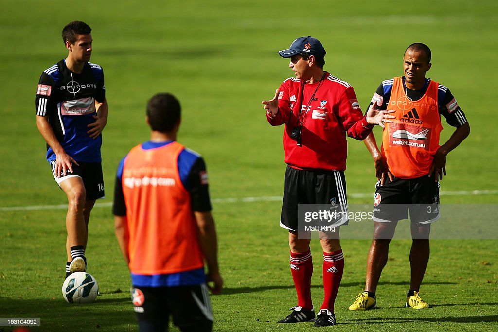 Sydney FC coach Frank Farina talks to players during a Sydney FC A-League training session at Macquarie Uni on March 5, 2013 in Sydney, Australia.